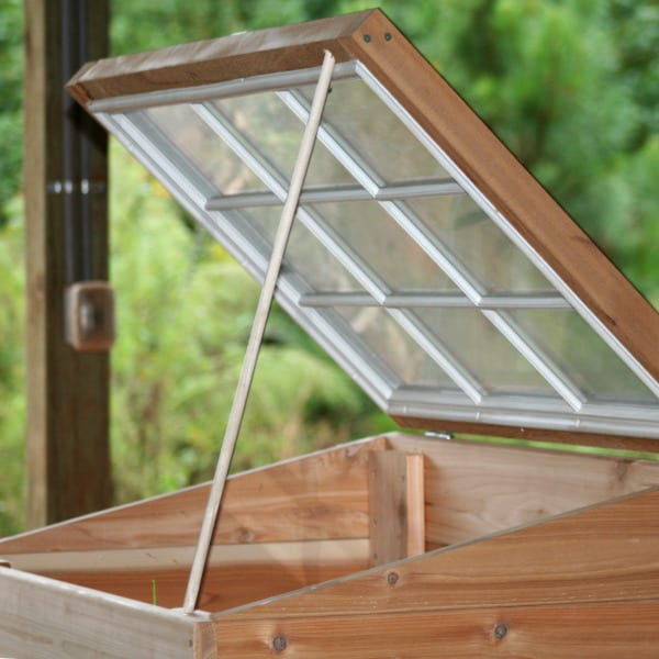 Build a Coldframe for Winter Gardening