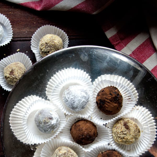 <i>TLP</i> Kentucky Bourbon Balls