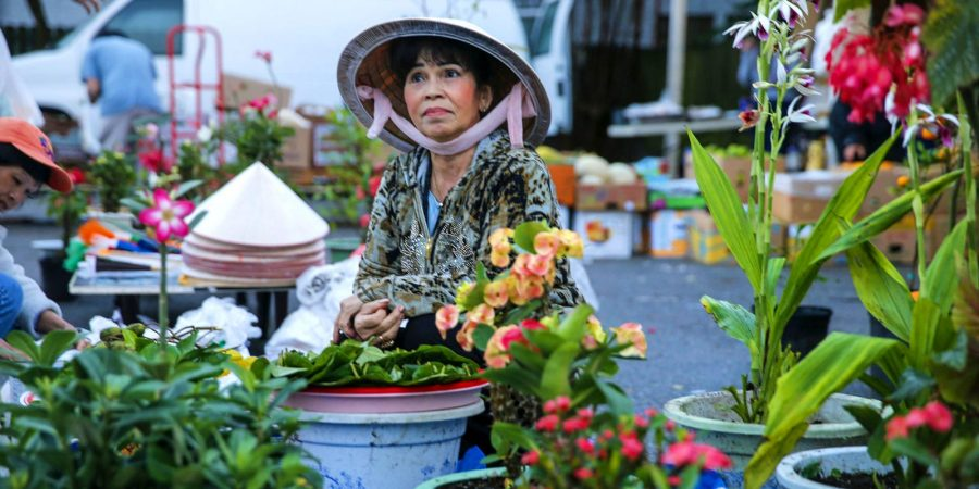 Vietnamese-Market-New-Orleans-The-Flower-Seller