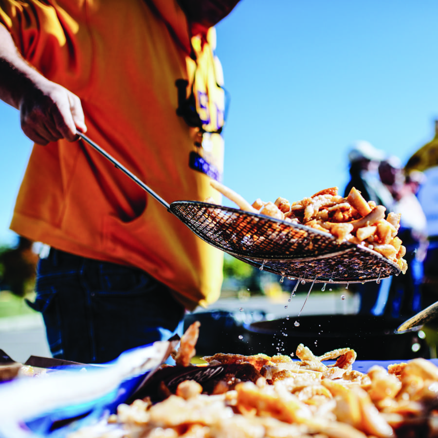 LSU teaches TLP a thing or two about tailgating